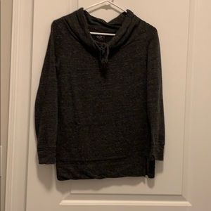 3/4 sleeve gray sweatshirt